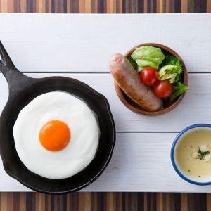 目玉焼きそっくりのパンケーキ!?朝食に食べたい「メダマヤーキ」デビュー!