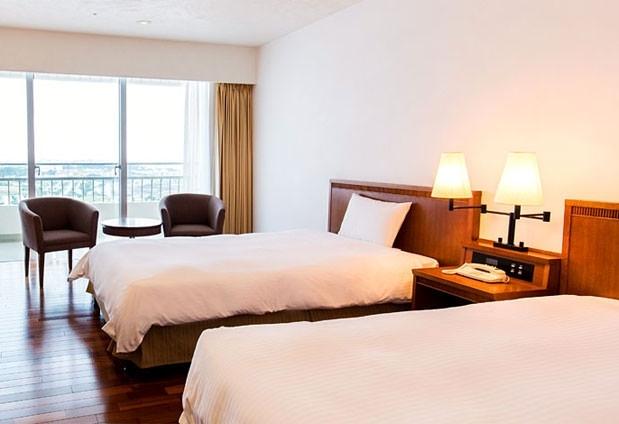 シンプルで寛げる上質な空間が広がる客室