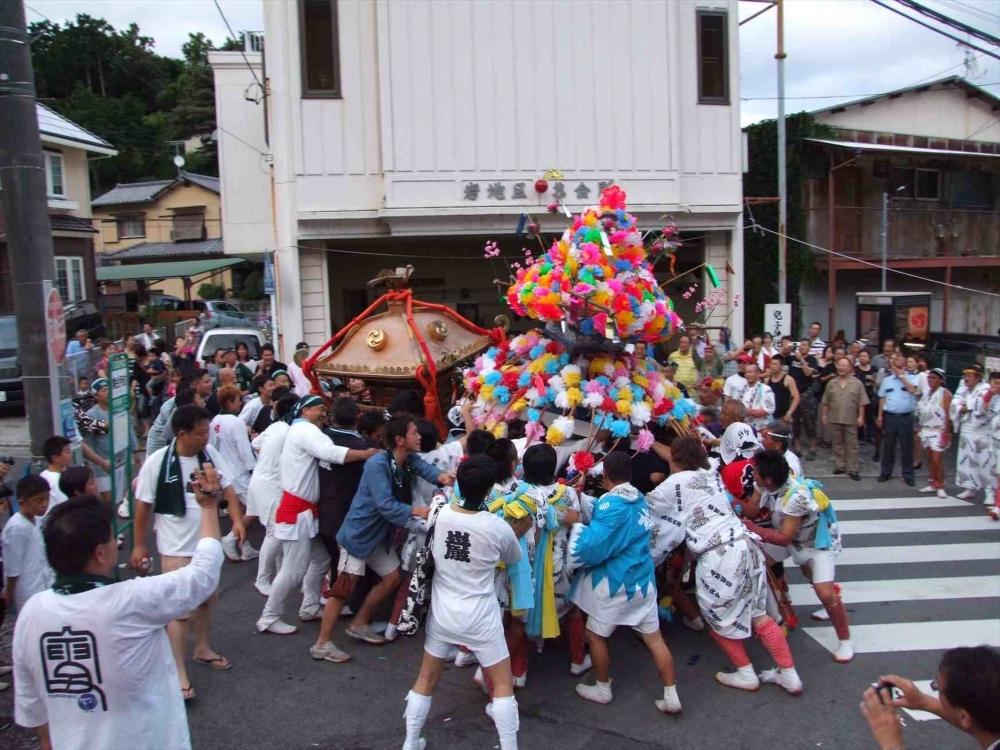神奈川唯一の喧嘩祭り「岩兒子まつり」