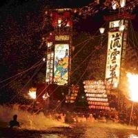 日本の夏を熱くする! 全国各地のド迫力祭り10選