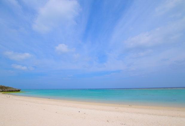 ロケ地にも使われているビーチが目の前に!