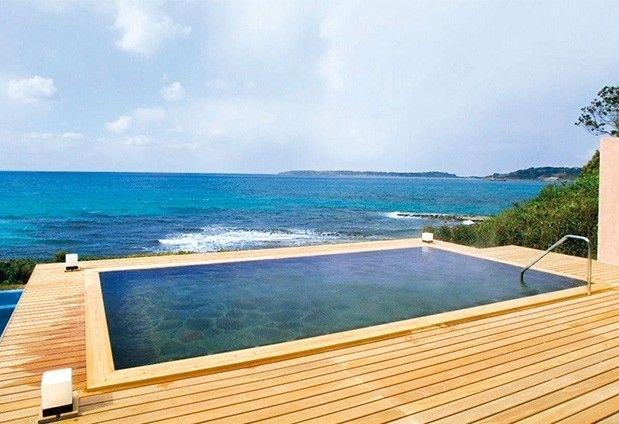 海を眺めながら温泉を楽しもう