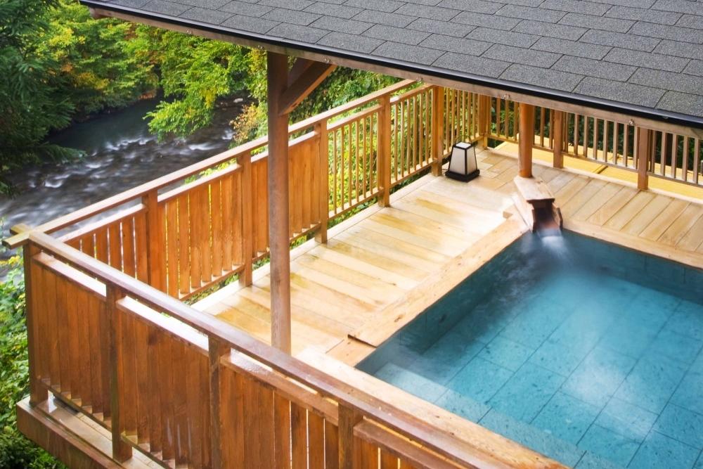 松尾芭蕉が愛した歴史ある天然温泉