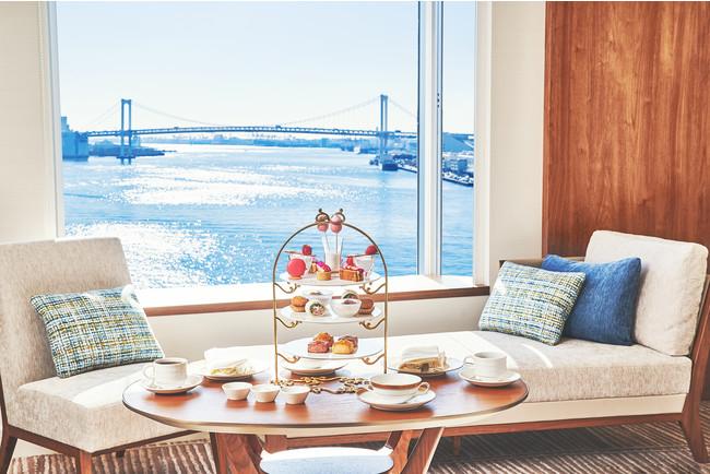 【ホテル インターコンチネンタル 東京ベイ】ラグジュアリーな客室で優雅なアフタヌーンティーを