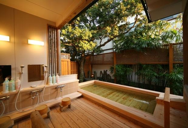 唐津では珍しい天然温泉と美しい景色を満喫