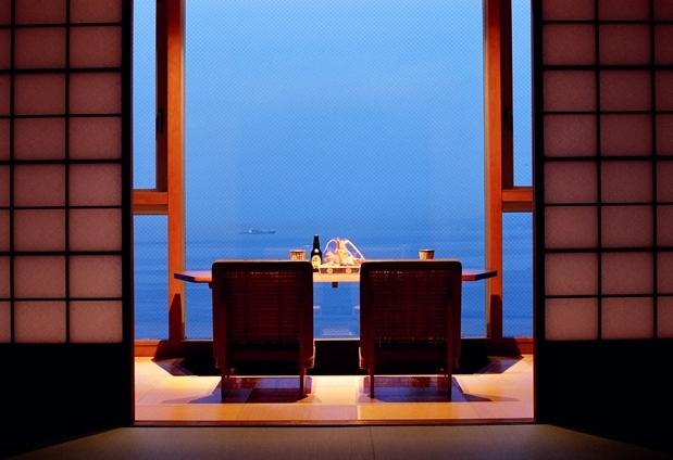 「ホテルニューアワジ別亭 淡路夢泉景」の魅力①絶景が眺められる宿