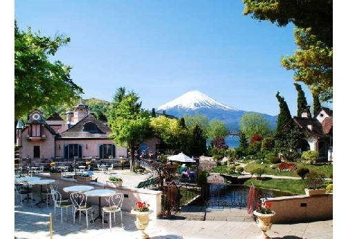 「河口湖オルゴールの森」でのおすすめの過ごし方③カフェやレストランで一休み