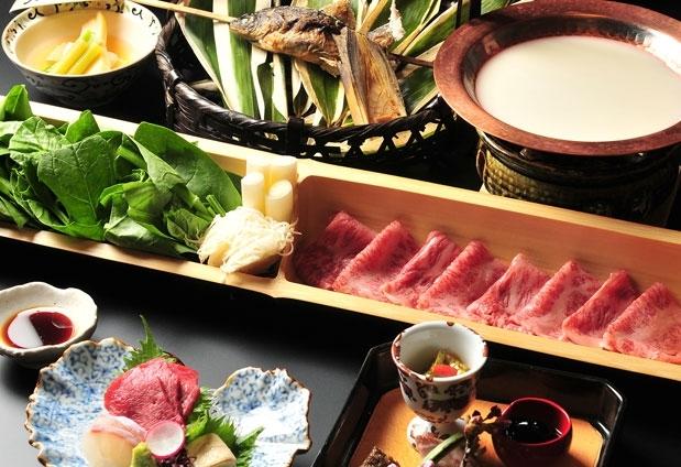 山里料理に舌鼓|那須高原の宿「山水閣」での一日