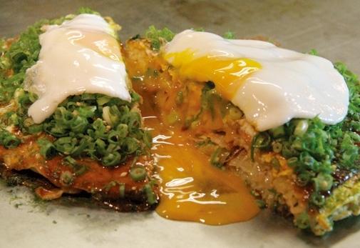 広島のソウルフード「広島お好み焼き」が食べられる「お好み焼き・鉄板焼 ちんちくりん」