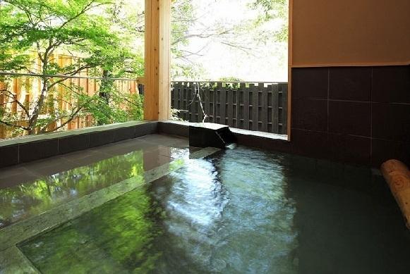 群馬・水上温泉「蛍雪の宿 尚文」魅力②3つの貸切風呂