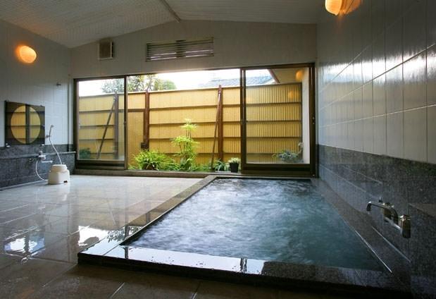 2種類の大浴場で癒しのひと時