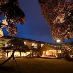 老舗割烹旅館の自慢の料理。プチトリップは「木更津富士屋 季眺」へ