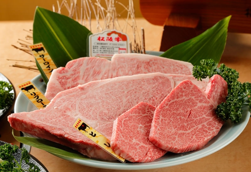 専門店ならではの価格で上質牛が味わえる「肉の田じま」