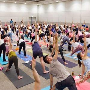 アジア最大級のヨガイベントが横浜パシフィコで開催