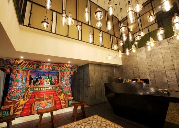 台湾人形劇の重鎮が建てたホテルをモダンにリノベーション。