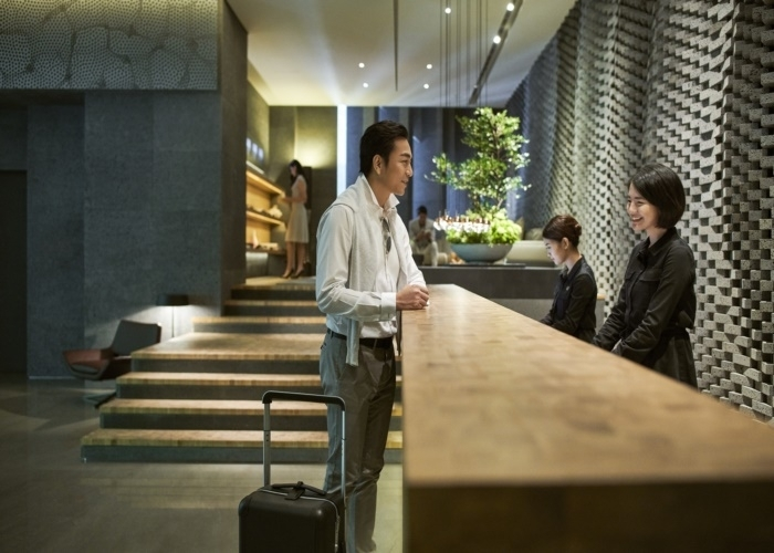 人気のベイエリアに建つ、唯一無二のデザイナーズホテル。