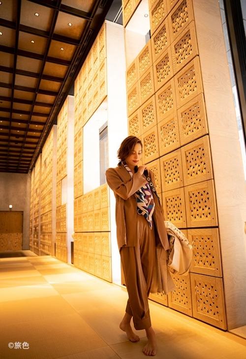 オフィス街に誕生した日本旅館「星のや東京」でくつろぐ