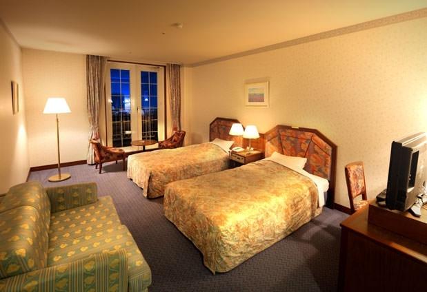 「ホテル阪奈」の魅力①華やかな客室