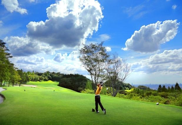 「ホテル阪奈」の魅力④ゴルフ場が併設
