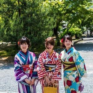 普通じゃイヤ♡イキな女子は古都「鎌倉」をレンタル着物で散策!