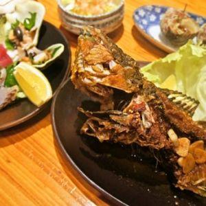 沖縄料理、島唄ライブ…。旅先の夜は地元の居酒屋へ行こうその0