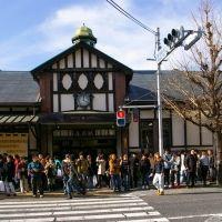 建築史家・倉方さんに聞きました。解体前に見ておきたい! 原宿駅舎と周辺建築