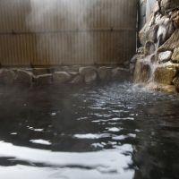 高知初の良質な天然温泉に浸かるひとときを。市内観光は「三翠園」が便利