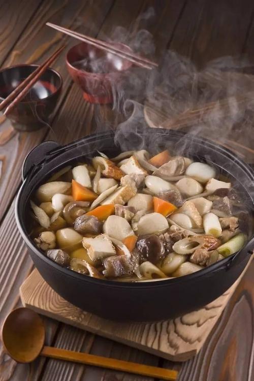 東北ならではの素朴なあじわい「芋煮」