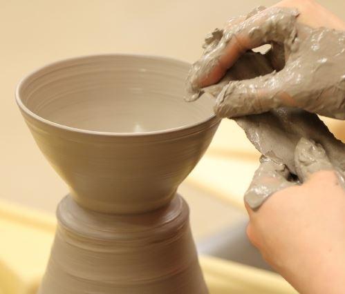 ②電動ろくろ陶芸体験|自分だけの手作り土産♡「箱根クラフトハウス」