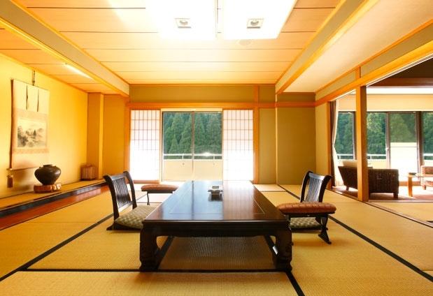 景観も魅力的な客室