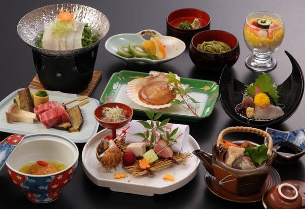 自慢のレストランで佐賀県の美味しい料理を味わおう!