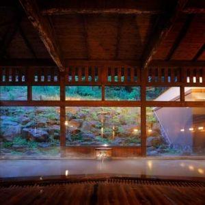 大自然に抱かれた「蔵王国際ホテル」で貸切温泉と美食を楽しむ旅へ