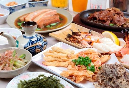 「まちぐゎーの食堂 道頓堀」で家庭の味を知る