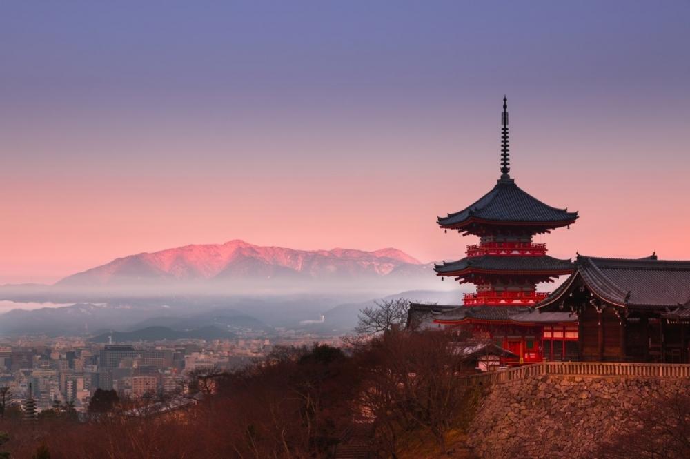 フォトジェニックな早朝の清水寺を訪ねる(京都・東山)