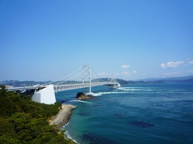 まずは「鳴門海峡」で王道の渦潮をウォッチング