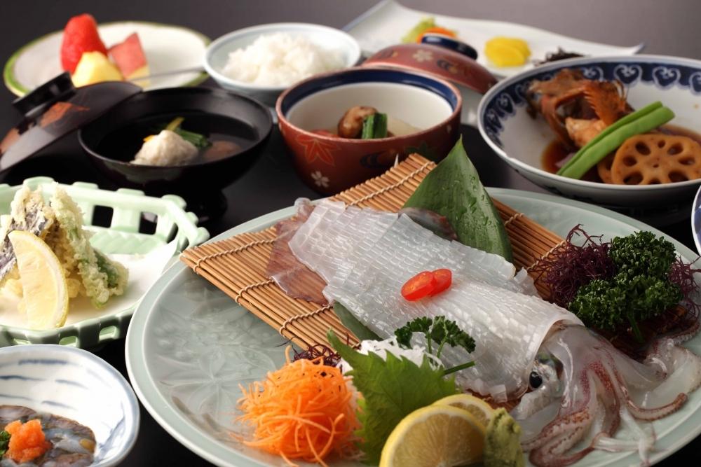 食べておきたい2トップ食材の呼子イカ&佐賀牛