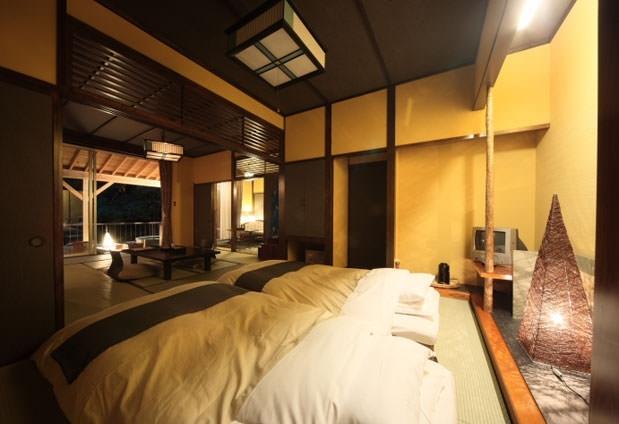 「花の宿 よもやま舘」の魅力④露天風呂付客室