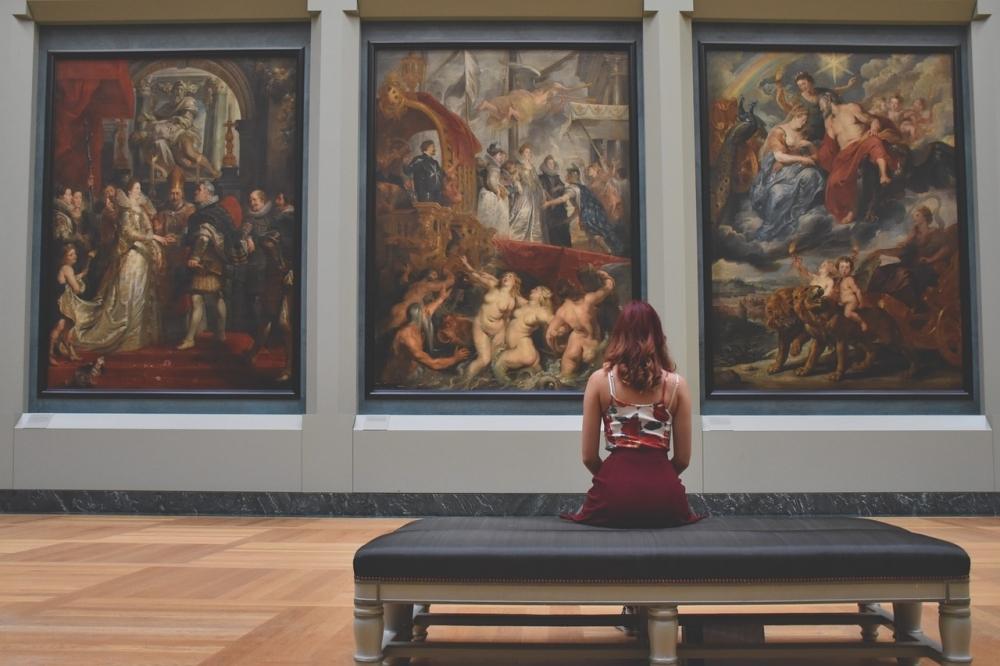 「女子一人旅」を満喫するための4つの方法③美術館や博物館といったアート鑑賞を目的にする