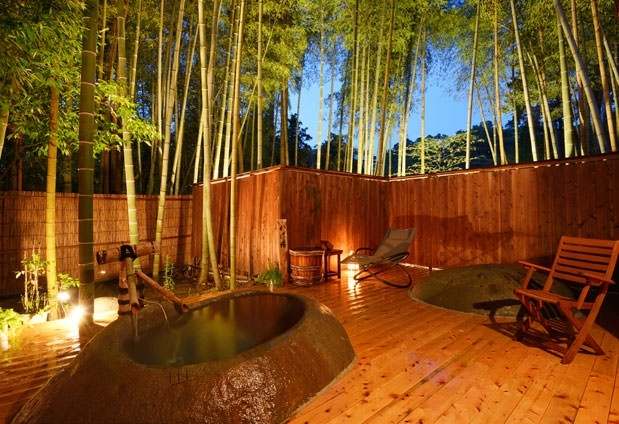 豊富な湯量に恵まれた全7種の天然温泉