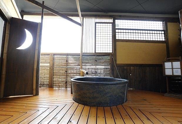 ロビーや湯殿などレトロな雰囲気が魅力 「旅館ふくぜん」