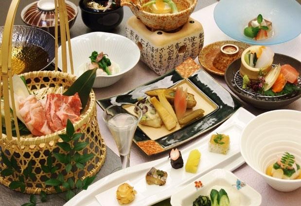 味と見た目の両方で楽しむ、四季の食材を盛り込んだ会席料理