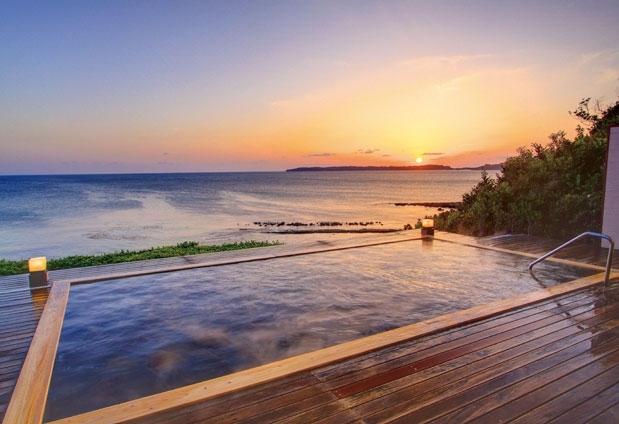 山口県の「ホテル西長門リゾート」の魅力▶疲れを癒す絶景露天風呂