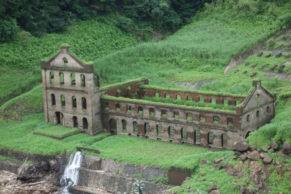 ダムの水位が下がる夏だけ出現! 曽木発電所跡<鹿児島県>