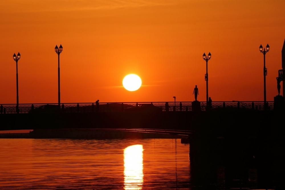 世界に誇る釧路の夕日は必見