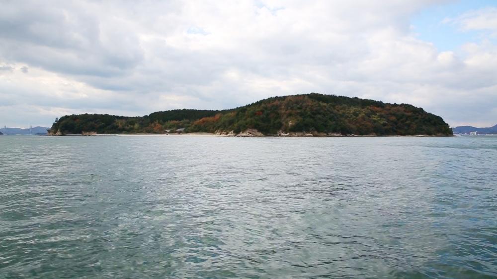 無人島で1日1組限定の貸し切りキャンプ。「くじらじま」が今春開業その4