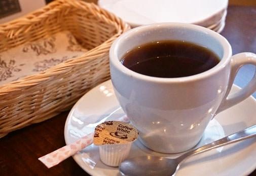 ALL TONES CAFÉ