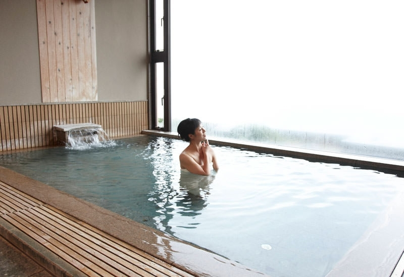 能登半島の高級旅館「能登の庄」に輪島塗に囲まれた贅沢な客室が登場その3