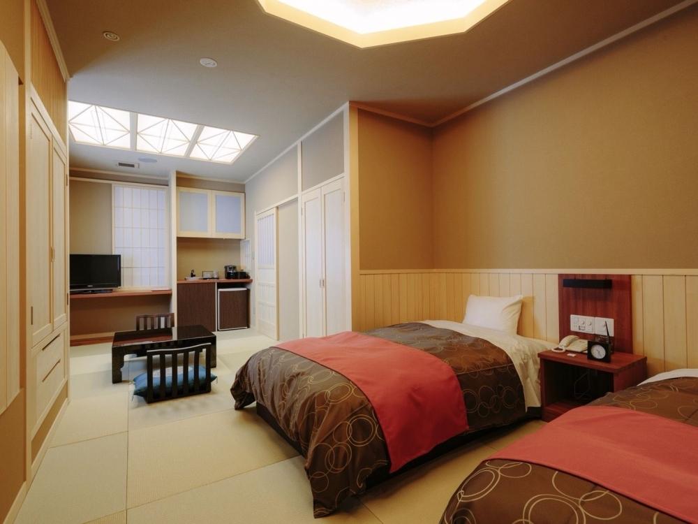 能登半島の高級旅館「能登の庄」に輪島塗に囲まれた贅沢な客室が登場その4