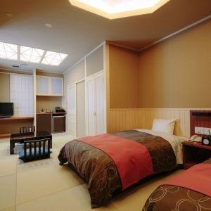 能登半島の高級旅館「能登の庄」に輪島塗に囲まれた贅沢な客室が登場