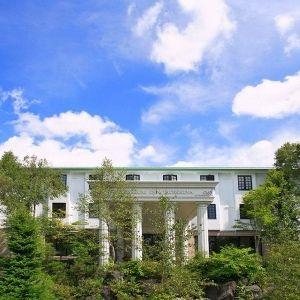 大自然の中でワイン風呂も楽しめる♪長野県・白樺高原の絶景ホテル